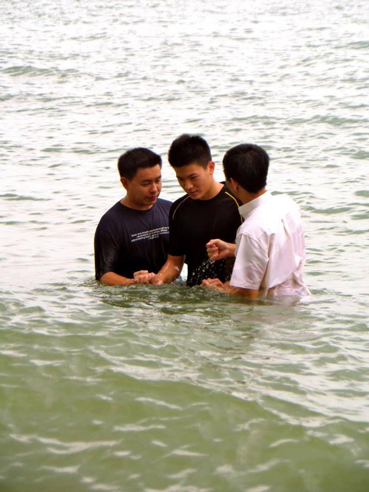 Paul Lee Wen Por wasbaptized in the East Coast on the 14th July 2013